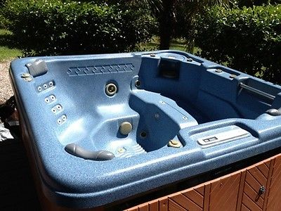 Leisure Bay Hot Tub